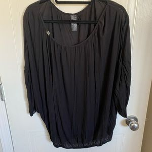 Off the shoulder Guess top size small